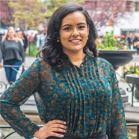 Dr. Ashley Cruz